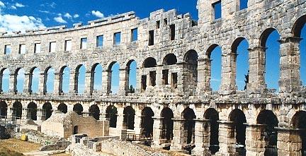 L'Arena di Pola