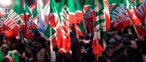 Forza Italia all'attacco: «Renzi usa le leggi come avvertimenti al Cav»
