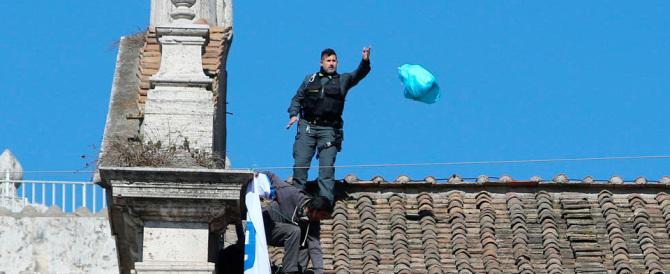 Centri sociali scatenati contro Salvini: occupano una basilica a Roma