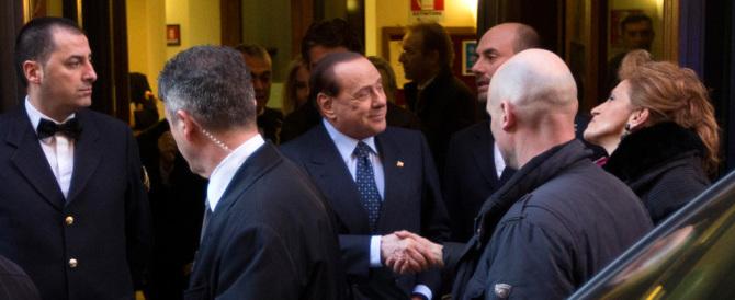 Berlusconi attacca Renzi e prova a mettere all'angolo i frondisti