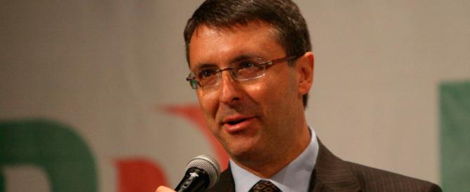 Banche, Cantone fa l'offeso: «Non sono un jolly» FI: «Renzi rischia»