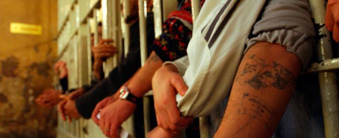 Violenta protesta al carcere di Piacenza: danni e inni all'Isis