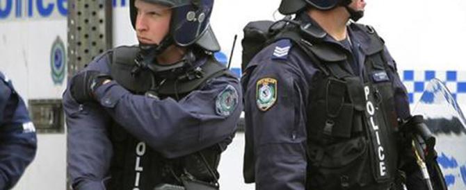 Isis, arrestati due sospettati a Sydney. Gli Usa: non paghiamo riscatti