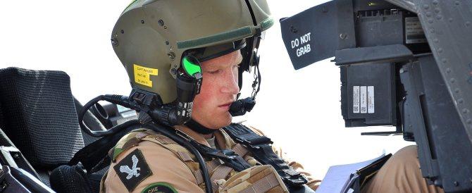 Addio alle armi per il principe Harry: farà volontariato in Africa