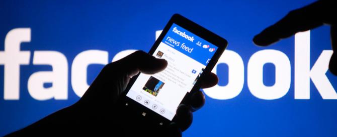 Un ladro si pente, si riconosce su Facebook e restituisce il malloppo