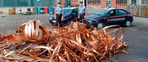 Furti di rame, in manette 5 romeni che se la spassavano su auto di lusso