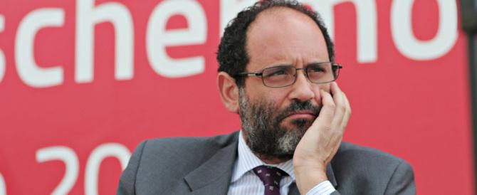 Ingroia non s'è arreso ancora: «Berlusconi? Bisognerebbe arrestarlo subito»