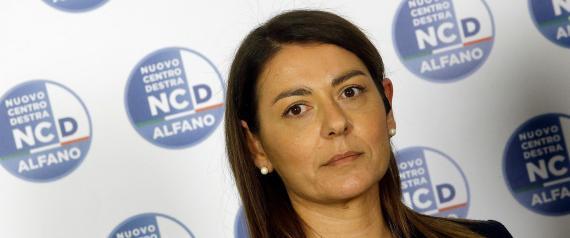 L'addio di Barbara Saltamartini ad Alfano: non faccio il cespuglio di Renzi