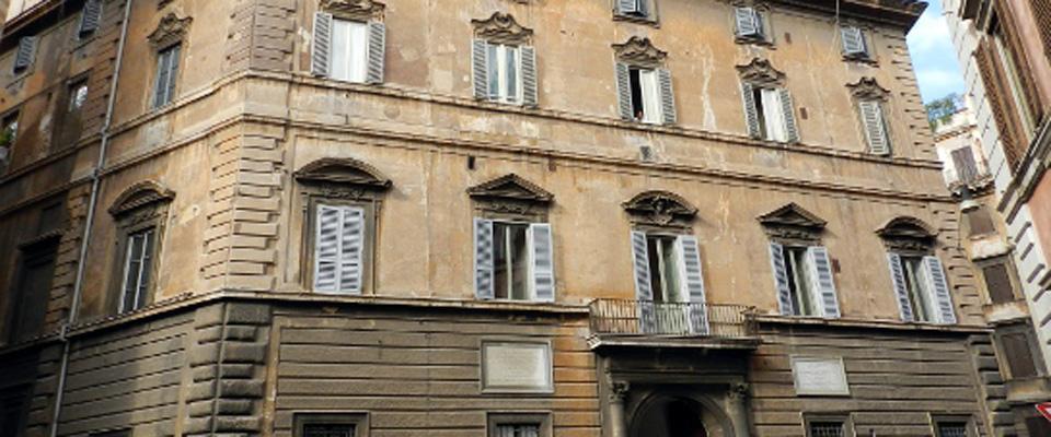 Svendonsi case di pregio centrodestra contro l 39 ultima for Case di pregio a milano