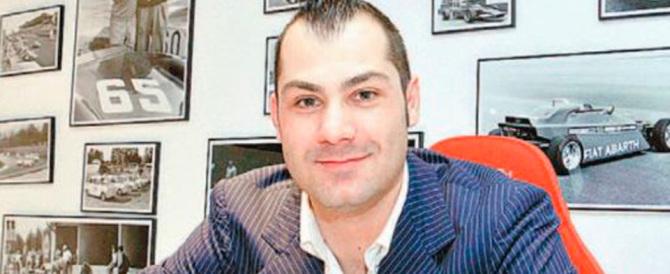 «Non ha pagato i gioielli», imprenditore denuncia Riccardo Bossi