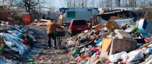 Ecco il nuovo schiaffo di Marino a Roma: ora anche le case ai rom