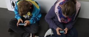 Scuola, alunno picchia insegnante: gli aveva chiesto di spegnere il cellulare