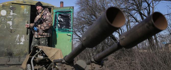 Ucraina, Kiev rifiuta di ritirare le truppe: i ribelli filorussi ci bombardano
