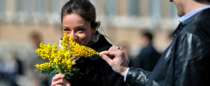 Sorpresa 8 marzo: si festeggiano le madri e i padri, altro che ideologia gender