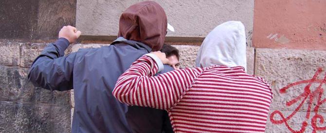 Bullismo, dalla ragazzina di Pordenone alla gang di Milano: ecco gli ultimi casi