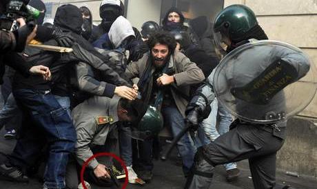 Chieste 26 condanne per black bloc e no-global che devastarono Roma