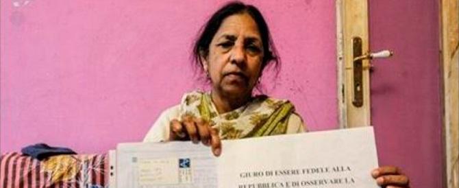 Un sindaco leghista ad un'indiana: «Non parli italiano? Non ti do la cittadinanza»
