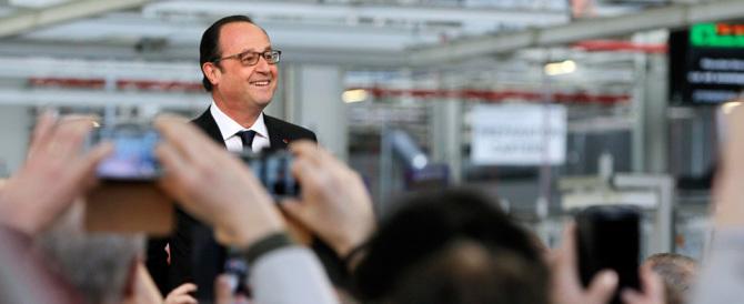 """La Francia """"cancella"""" la sinistra: Hollande sconfitto e umiliato dal voto"""