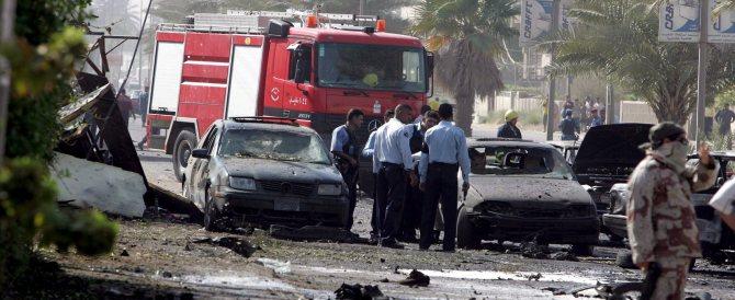Iraq, è strage di soldati: l'Isis fa esplodere una base militare