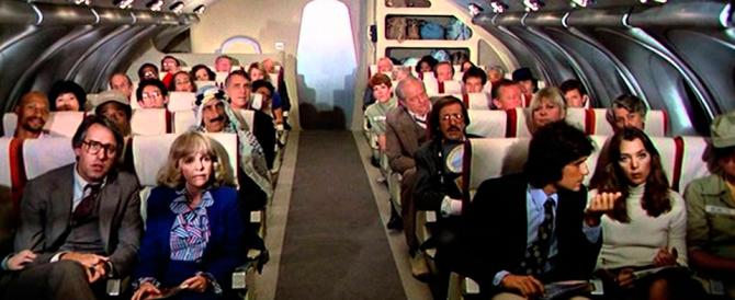«Jihad Jihad»: passeggero in volo terrorizza l'aereo. Il terrore si fa beffa