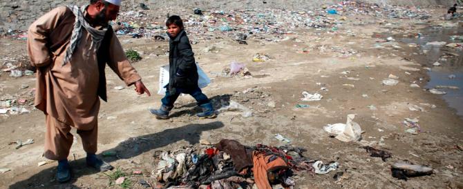 Orrore a Kabul: donna linciata per oltraggio al Corano. Era malata di mente