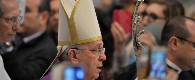 """Il Papa annuncia: """"Anno Santo straordinario"""". Sarà dedicato alla misericordia"""