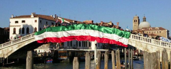 Contro Renzi, con i Marò e con Stacchio: Fratelli d'Italia conquista Venezia