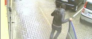 Rapinatore Rom travolse e uccise un meccanico: dimezzata la pena (video)
