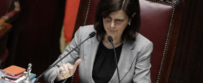 """Partigiani alla Camera il 25 aprile. La Boldrini """"vestale """" della Resistenza"""