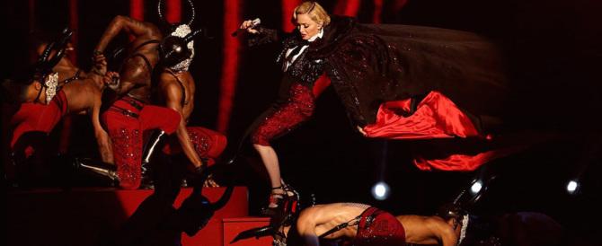 """Marine Le Pen accetta l'invito di Madonna per un drink """"di pace"""""""