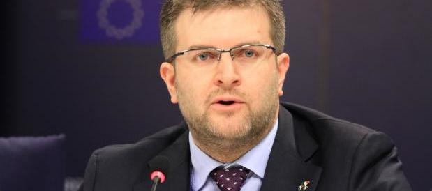 Fidanza (FdI): caro Corsaro, noi non parliamo come Landini, ma tu voti con Renzi…