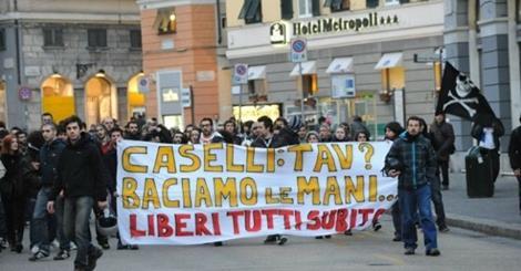 Firenze, l'università nelle mani dei collettivi: salta l'incontro con Caselli
