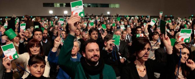 Renzi alla resa dei conti con la minoranza Pd: «L'Italicum non si tocca»