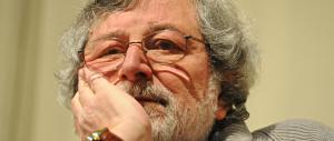 Guccini elogia il Papa: «La vera rivoluzione l'ha fatta solo Bergoglio»