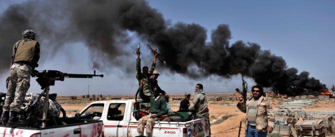 Libia, Gasparri: «Invece di insultare il Cav, la sinistra si tolga il cappello»