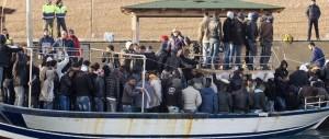 Allarme internazionale: un milione di immigrati dalla Libia verso l'Italia