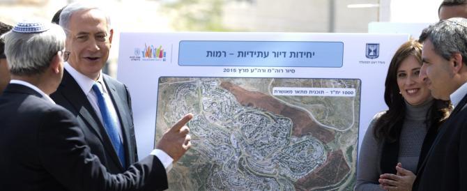 Netanyahu alla sinistra: «Se vincerò non ci sarà alcun Stato palestinese»