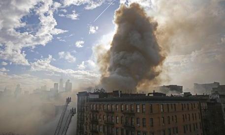 New York, esplosione a Manhattan: trenta feriti, quattro in gravi condizioni
