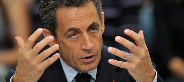 Hollande crolla, vince Sarkozy. Marine Le Pen sfiora il 25 per cento