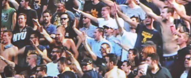 Il saluto romano non è reato se fatto allo stadio contro i comunisti