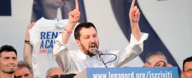 Salvini rinnova la sfida a Renzi: «Un confronto in tv sul futuro d'Italia»