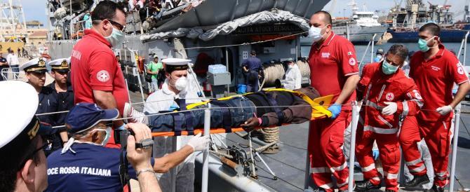Immigrazione, in 24 ore quasi 1000 migranti salvati e in arrivo in Sicilia