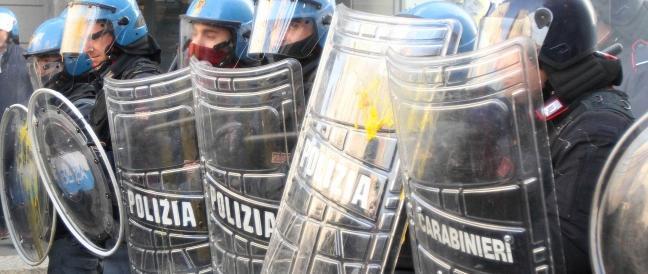 Identificazione degli agenti, Gasparri ad Alfano: da che parte stai?