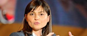 Serracchiani assenteista, non va in Regione per fare propaganda a Renzi