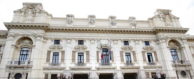 Terrorismo islamico, dopo la strage di Tunisi nel mirino c'è l'Italia