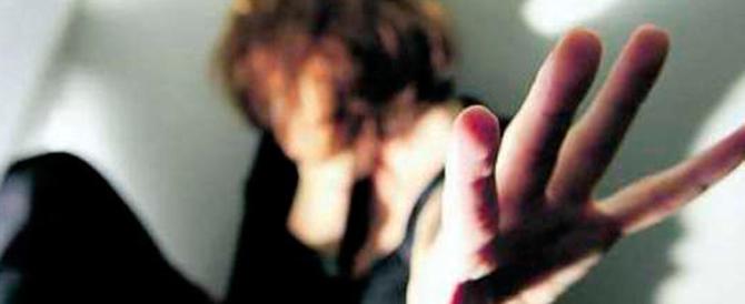 Modena, un magrebino ubriaco tenta violenza sessuale: arrestato