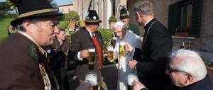 Festa bavarese in Vaticano per gli 88 anni di Benedetto XVI