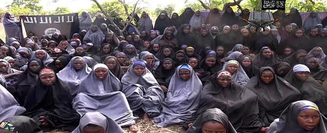 Le 200 liceali rapite da Boko Haram? «Convertite all'Islam, poi sgozzate»