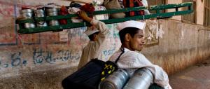 """India fra tradizione e innovazione, così l'e-commerce ricorre ai """"dabbawala"""""""
