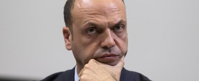 Alfano lavora a un centrodestra anti-Renzi. Ma senza Salvini